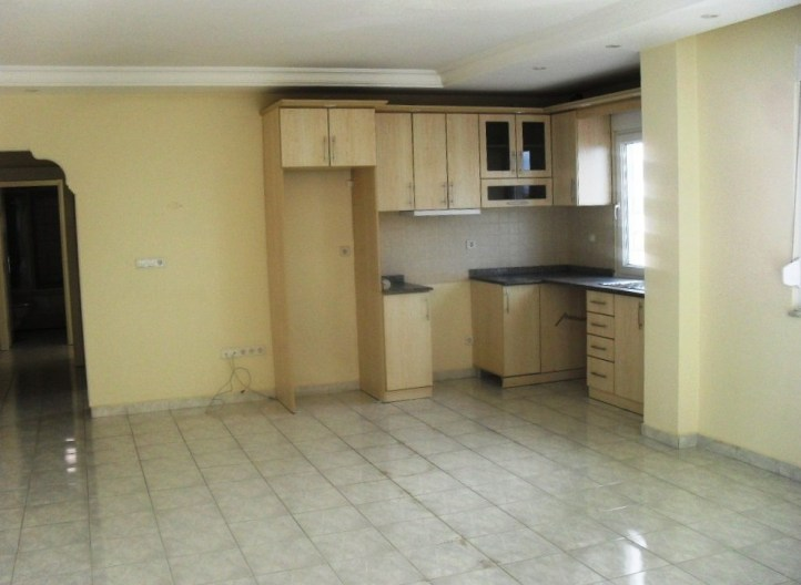 3 Zi. Lux. Mietwhg. Ca.90 qm, leer - 2 bed seaview 4 rent!